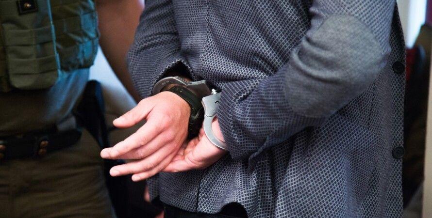 арестованный чиновник, коррупция, приговор