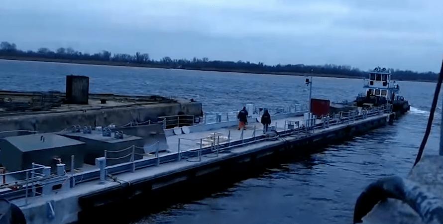 """Плавучий причал для катеров за 23,5 млн грн, построил завод """"Паллада"""", причал для катеров ВМС"""