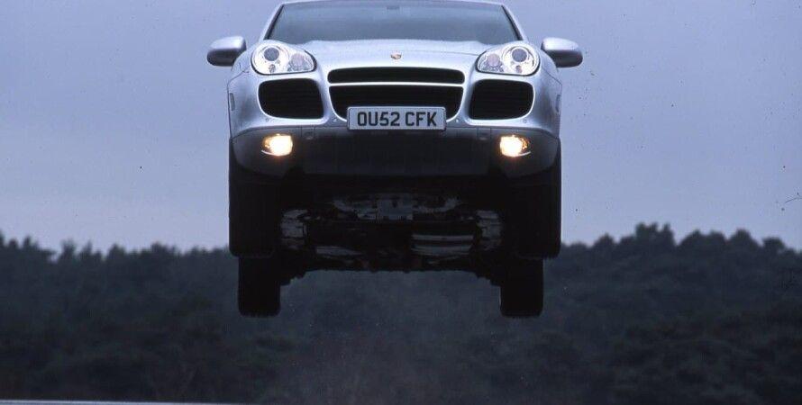Porsche Cayenne, журалисты Великобритании, краштест