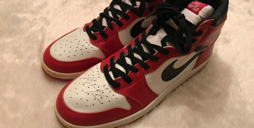 кроссовки, автограф, майкл джордан, аукцион, продажа, обувь