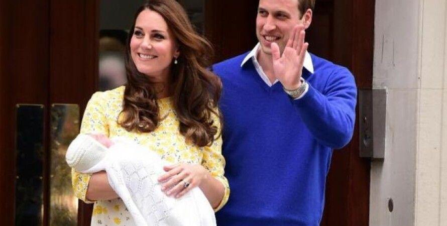 Принц Уильям и Кейт Миддлтон с новорожденной дочерью / Фото: Press Association