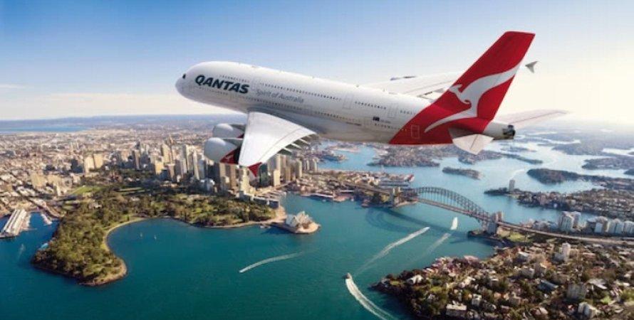 Авиакомпания Qantas, Австралия, Сидней, Суперлуна, Астроном, Пассажиры, полнолуние