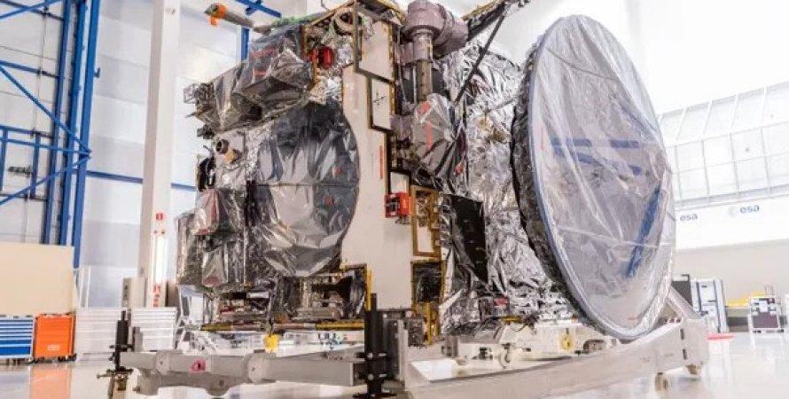 Космический аппарат Jupiter Icy Moons Explorer