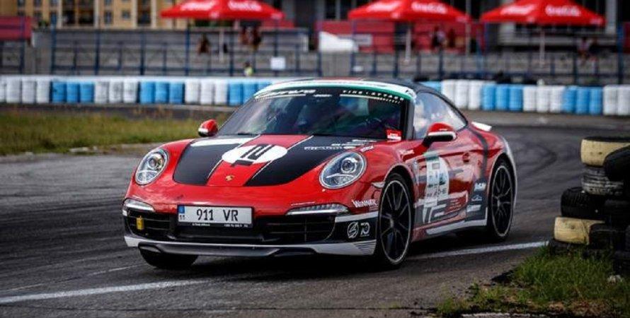 Porsche 911, Порше 911, Порше, Porsche, гоночний автомобіль, спортивний автомобіль, автоспорт, кільцеві гонки, автодром