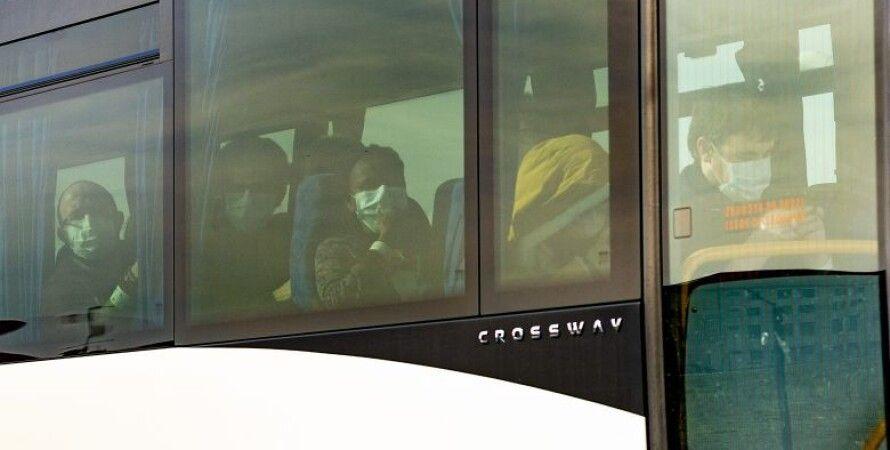 Автобус с эвакуированными/Фото: France Info