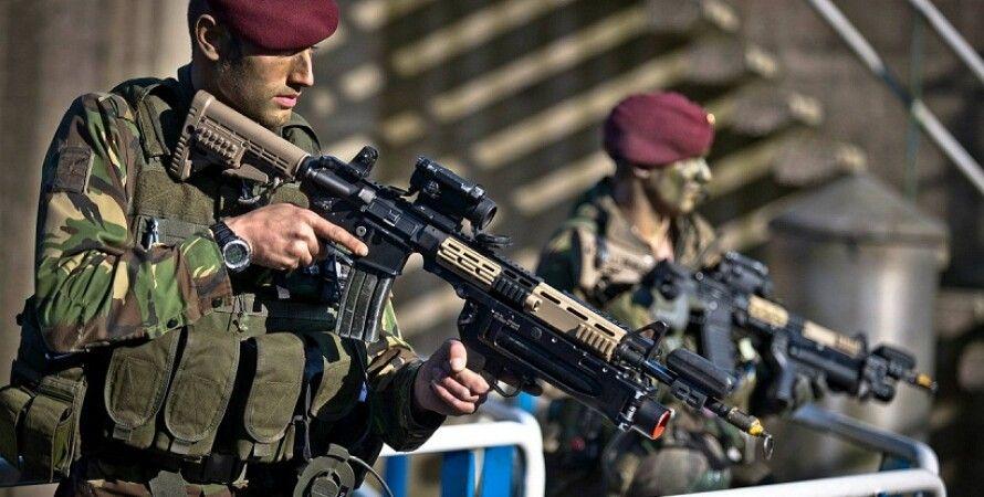 Военные Нидерландов / Фото: wapkin.dp.ua