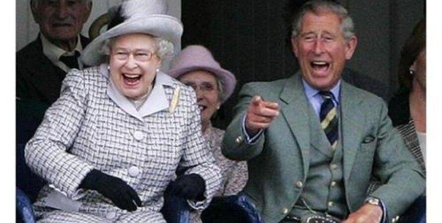 Принц Чарльз и королева Елизавета II / Фото из открытых источников