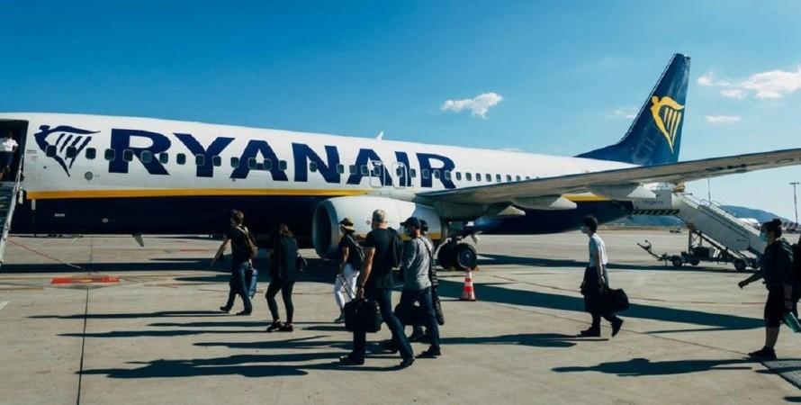 Ryanair, Познань, аэропорт, скандал,