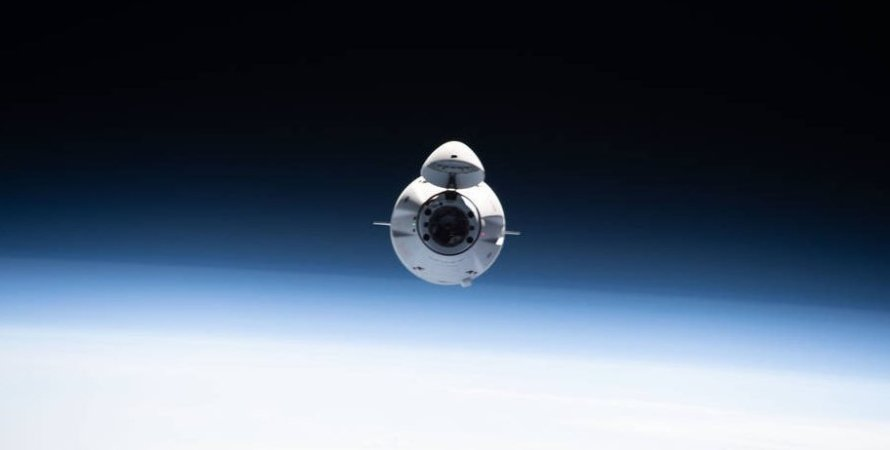 Космічний вантажний корабель SpaceX's Dragon CRS-22