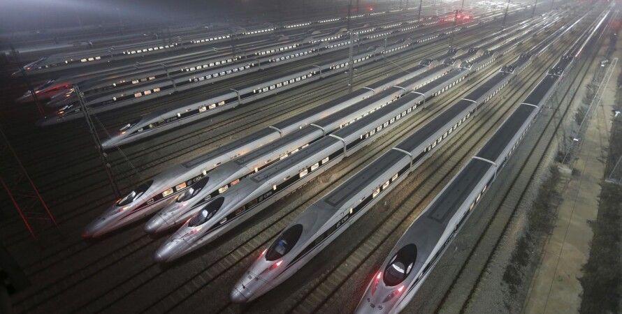 Поезда на длиннейшей в мире скоростной линии Пекин-Гуанчжоу / Фото из открытого источника