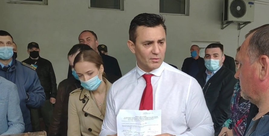Микола Тищенко, митниця