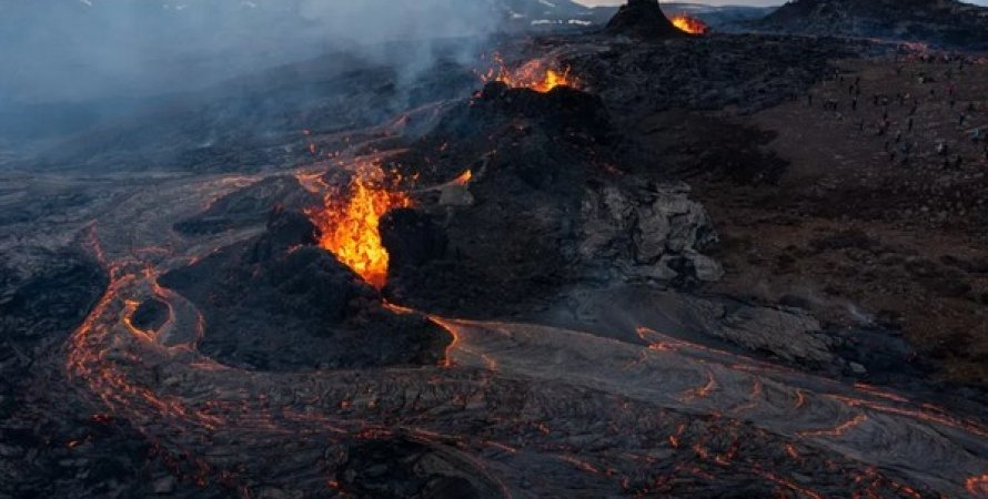 Вулкан Фаградальсфьядль