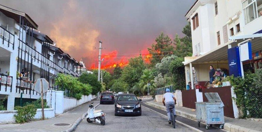 пожежа в Мармарісі, пожежа в Туреччині