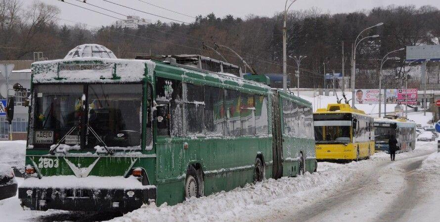 Киев, троллейбус, пассажиры, автомобили, блокировка,