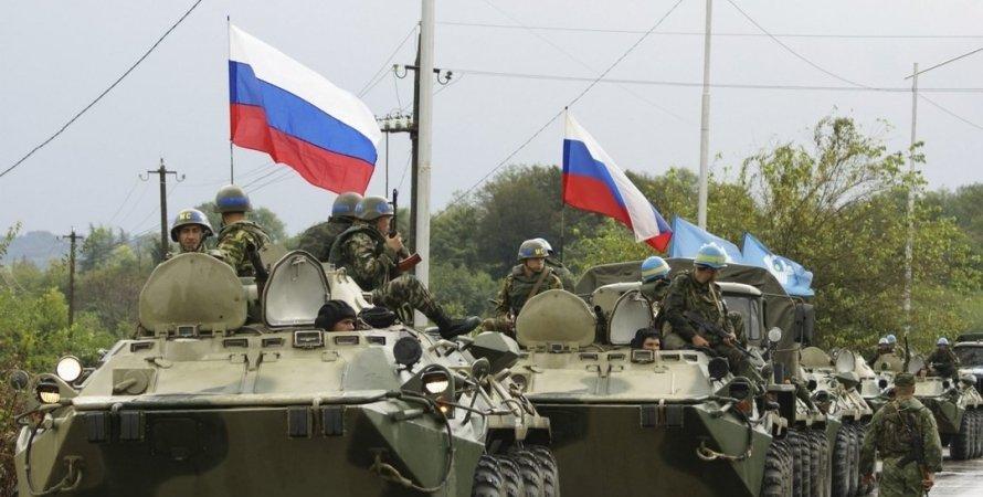 Ситуация на донбассе, обострение на донбассе, россия стагивает войска, войска на границе