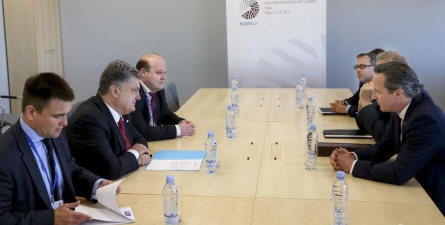 Петр Порошенко и Дэвид Кэмерон / Фото пресс-службы президента