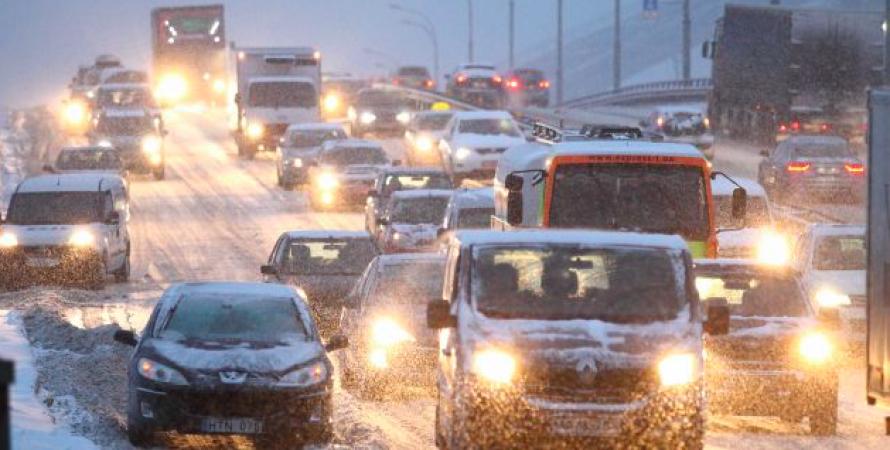 пробка, снегопад, киев, автомобили, движение, транспорт, непогода в киеве февраль 2021
