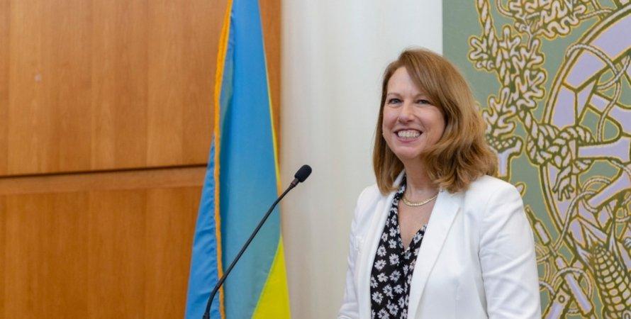 Кристина Квин