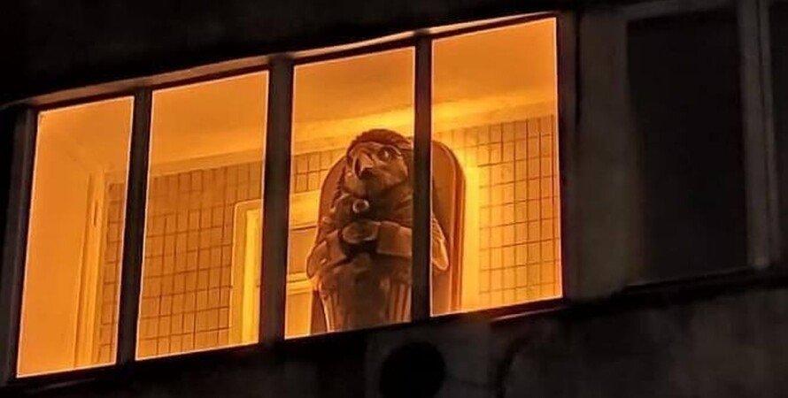 Киев, балкон, скульптура, саркофаг,
