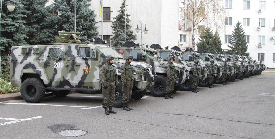 "Бронеавтомобили ""Спартан"" / Фото: facebook.com/arsen.avakov.1"