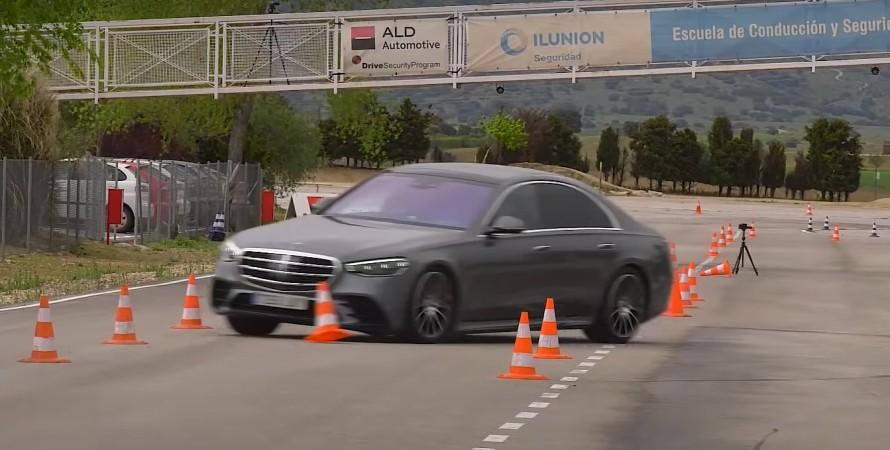 Mercedes S-Class лосиный тест