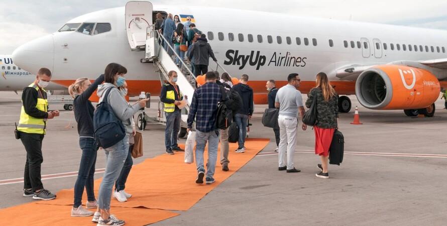 SkyUp, авіакомпанія, ПЛР-тест, іноземці, пасажири,