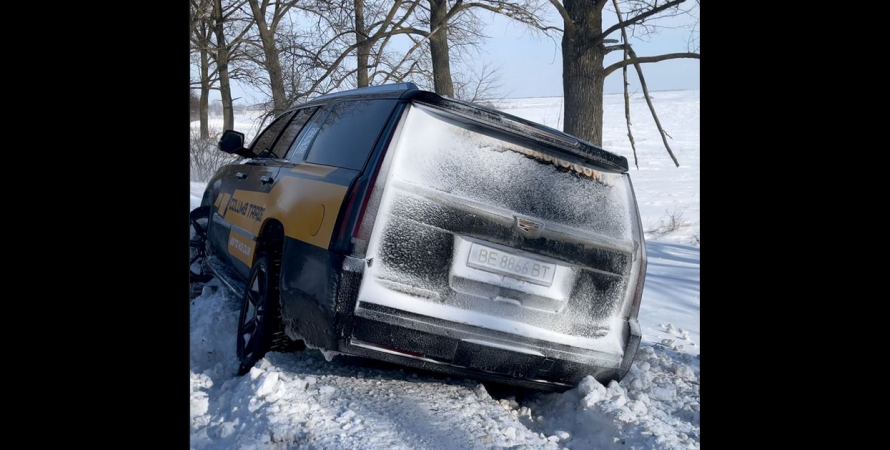 cadillac escalade, застрял в снегу