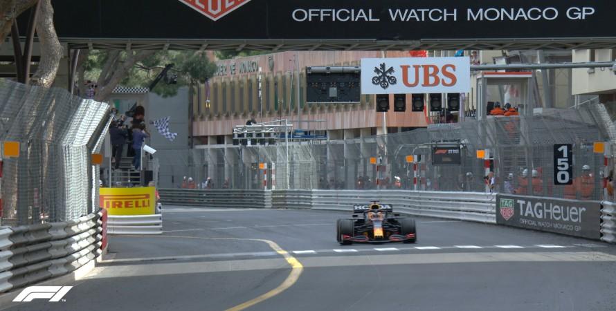болід, Формула-1, гонки