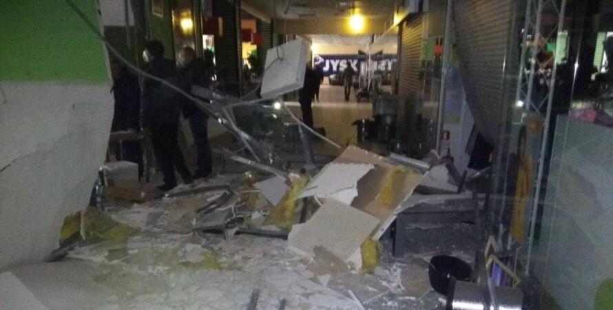 черновцы, взрыв, торговый центр, майдан, газ