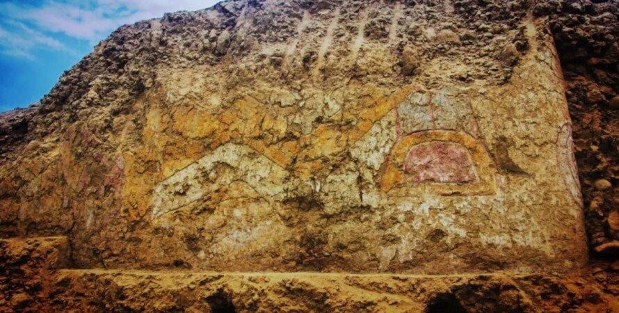Перу, храм, фреска, человек-паук