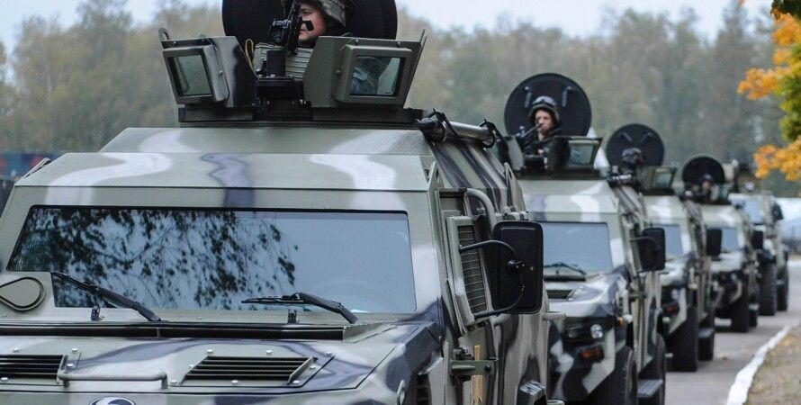 Военная техника Нацгвардии / Фото: facebook.com/yatsenyuk.arseniy