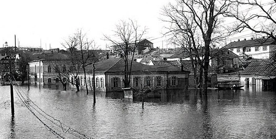 В 1927 году при строительстве Днепрогэс поселения меннонитов затопили