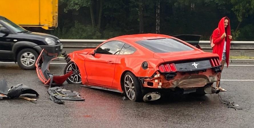 авария Ford Mustang в Киеве