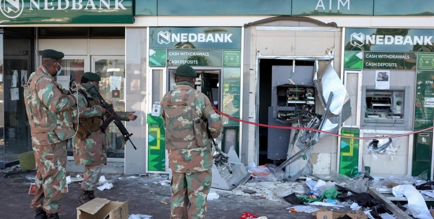 ЮАР, беспорядки в ЮАР, мародерство в ЮАР