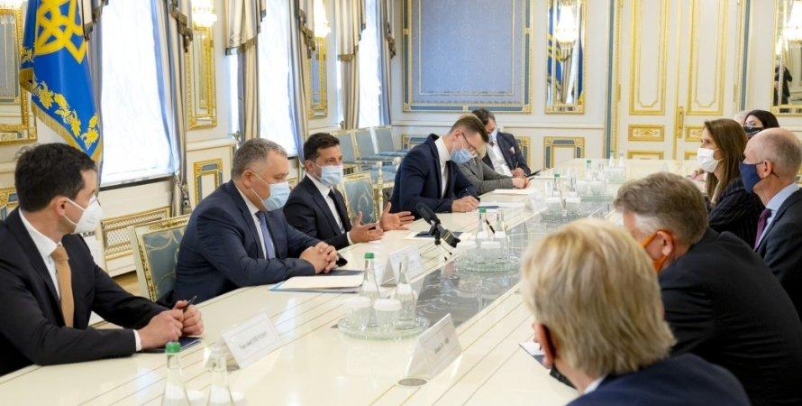 зеленский на встрече лидеров бенилюкса, зеленский о ситуации на донбассе
