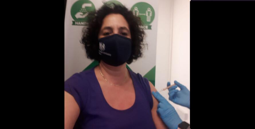 коронавірус, вакцина, AstraZeneca, Мелінда Сіммонс, посол, Великобританія, фото
