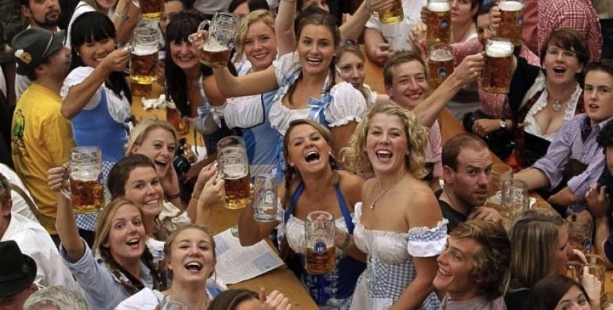 Октоберфест, Мюнхен, Дубай, Фестиваль, Пьяные