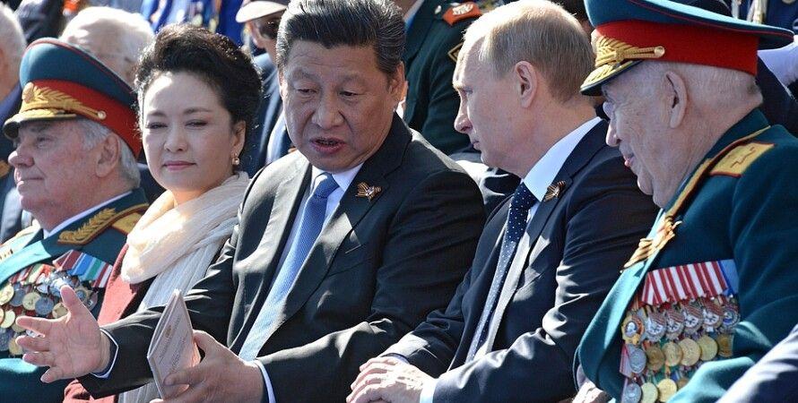 Владимир путин и Си Цзиньпин на военном параде в Москве / Фото пресс-службы Кремля