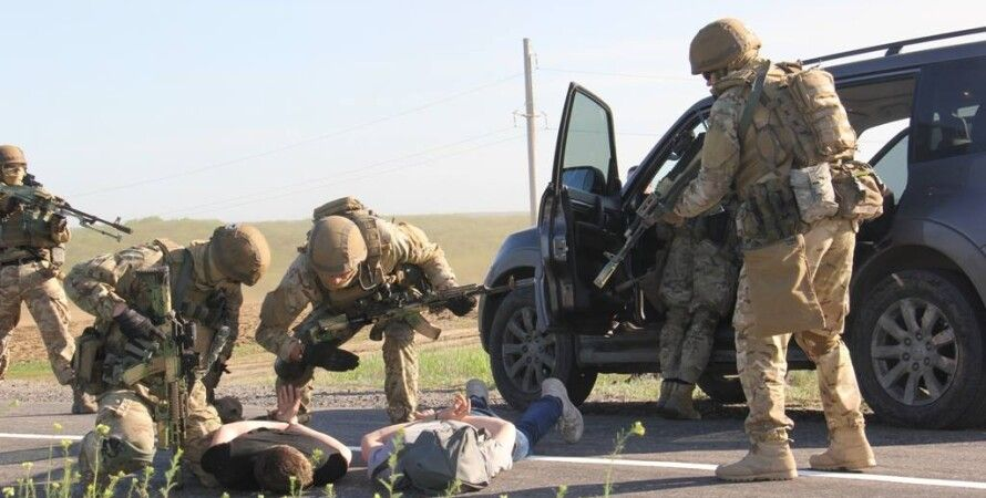 Задержание бандита в зоне АТО / Фото пресс-центра АТО