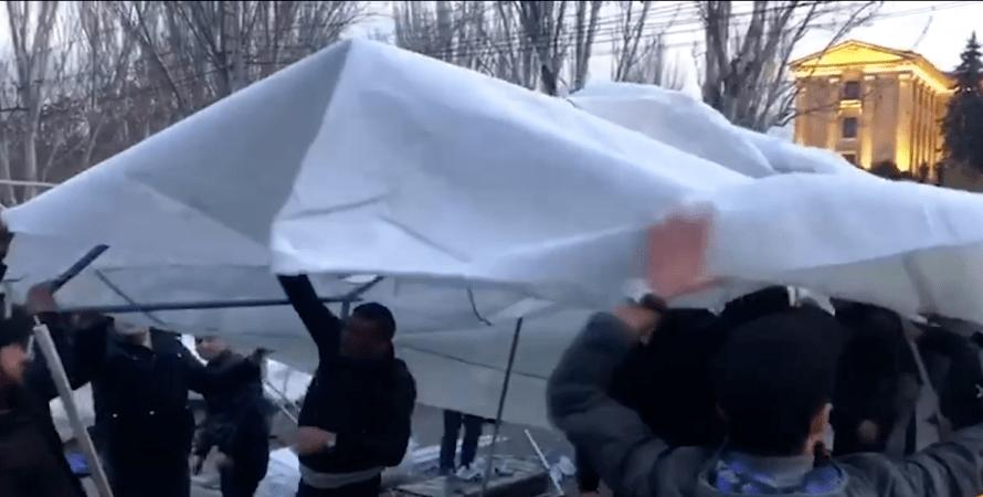 установка наметів в Вірменії, протести опозиції в Вірменії