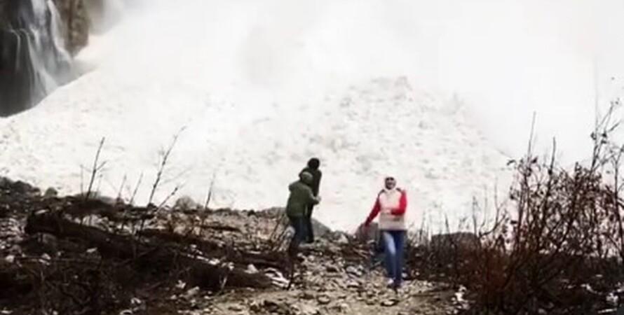 Россия, водопад, лавина, сход, туристы,