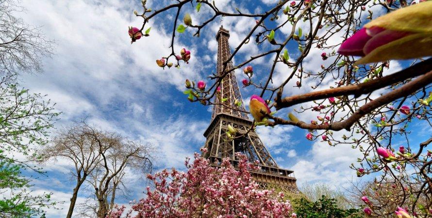 весна в Парижі, французька весна, ейфелева вежа