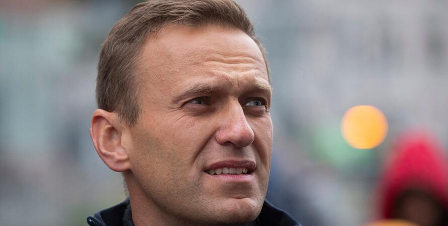 Навальный, Песков
