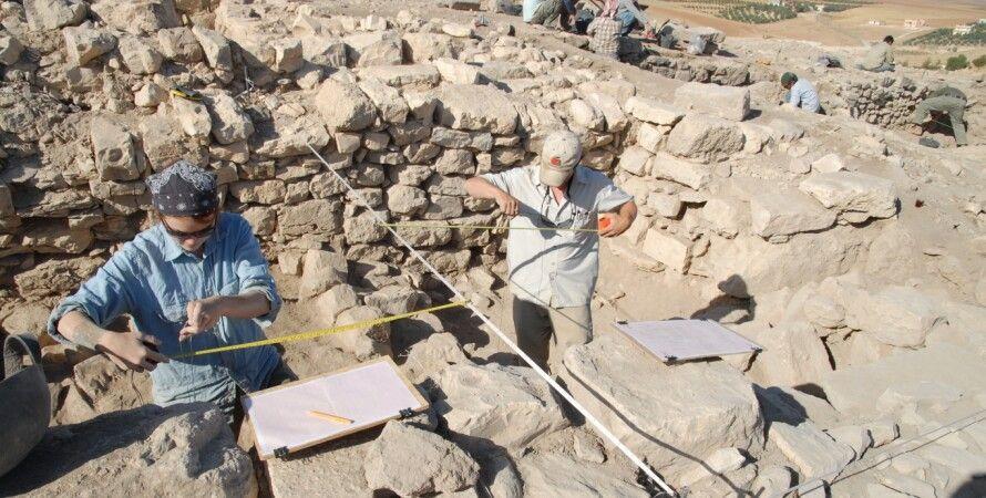 Фото пользователя Dhiban Excavation and Development Project на Flickr