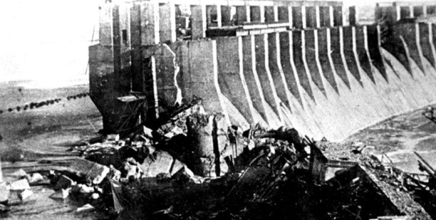 Разрушенная плотина Днепрогэс / Фото из открытых источников