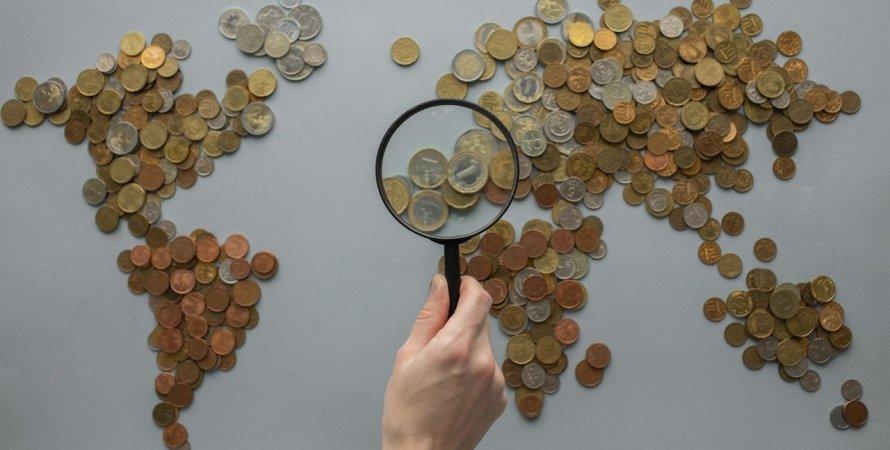 карта мира, монеты