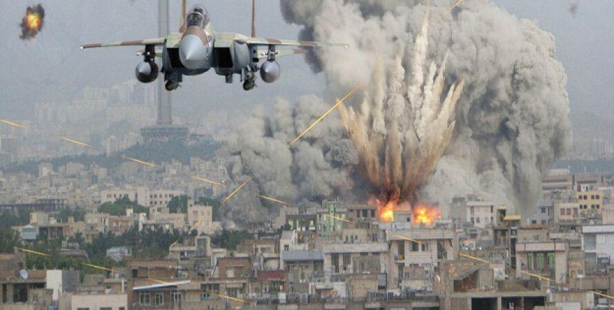 Авиаудар ВВС США по позициям ИГИЛ в Сирии / Фото: AP