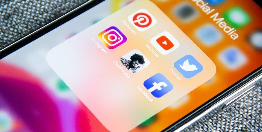 социальные сети Clubhouse Facebook Twitter