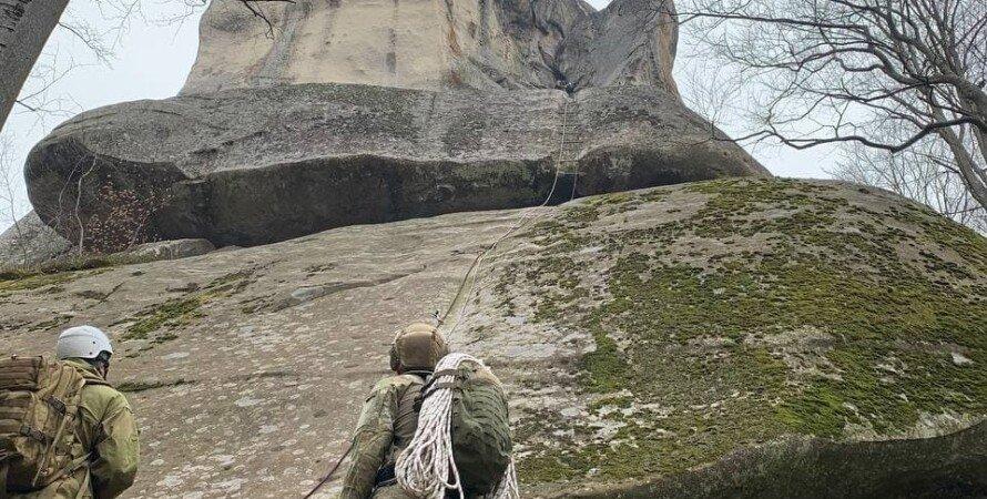 курсанты всу, скалы довбуша