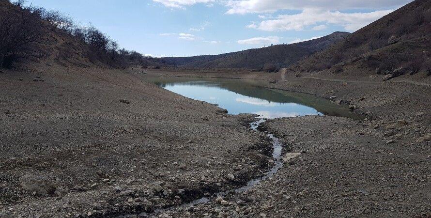 озеро смарагдове, гірське озеро в криму, посуха в криму